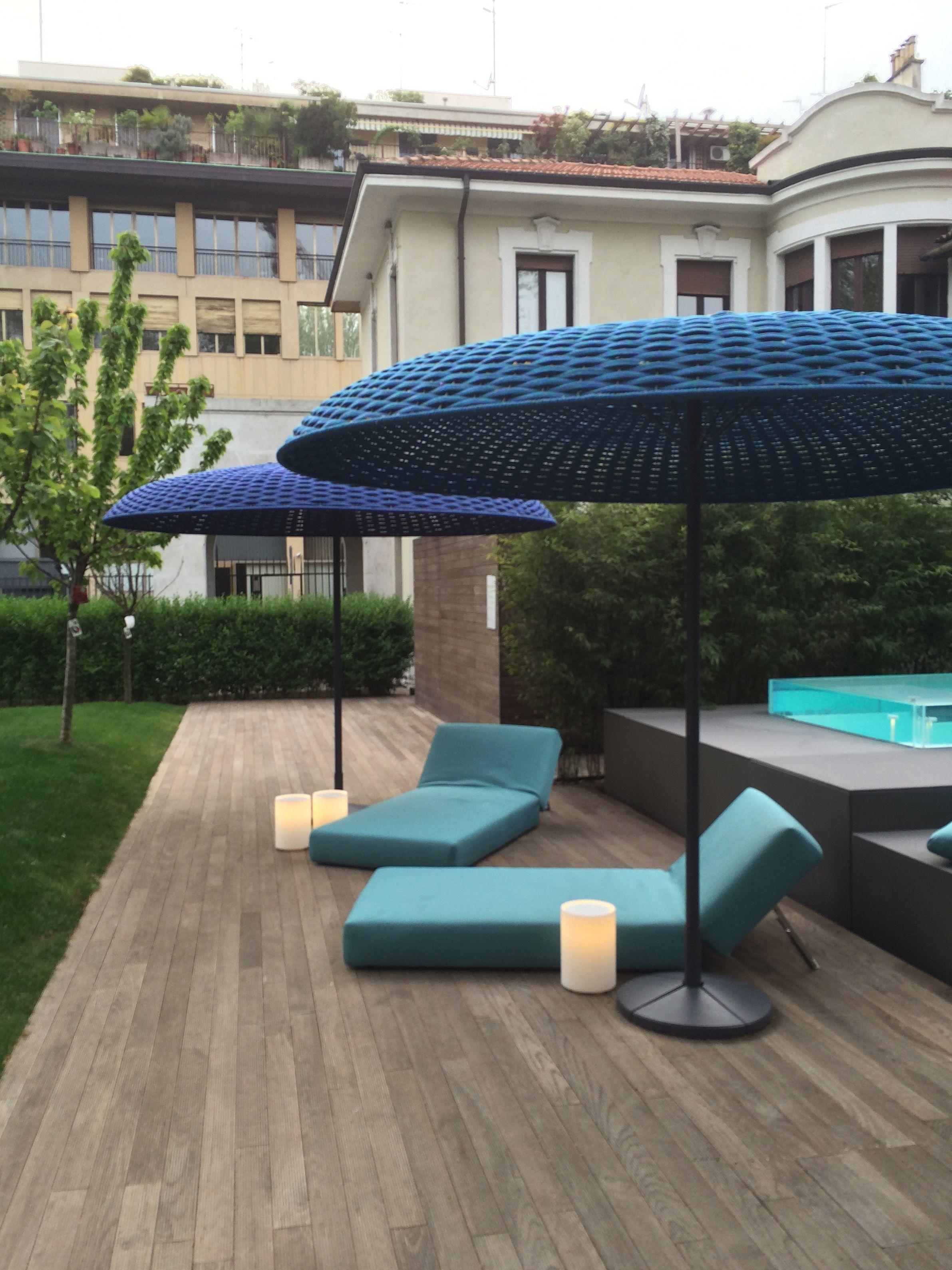Paola lenti rope umbrellas salone internazionale del for Paola lenti