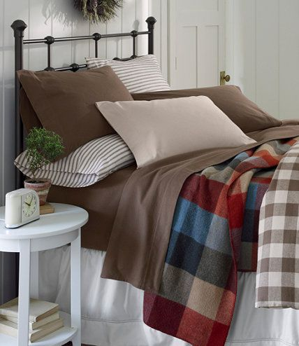Lakehouse Bed L L Bean Someday I won t be renting