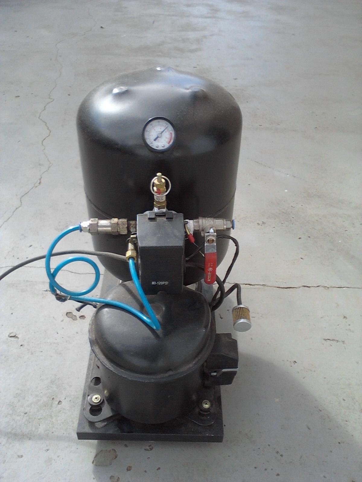 Compressor Caseiro Feito Com Motor De Geladeira E Cilindro De Gas