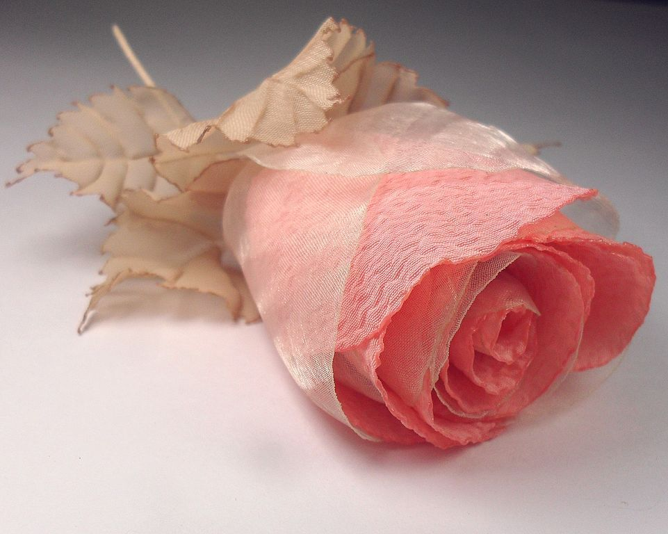 Розы из ткани картинки
