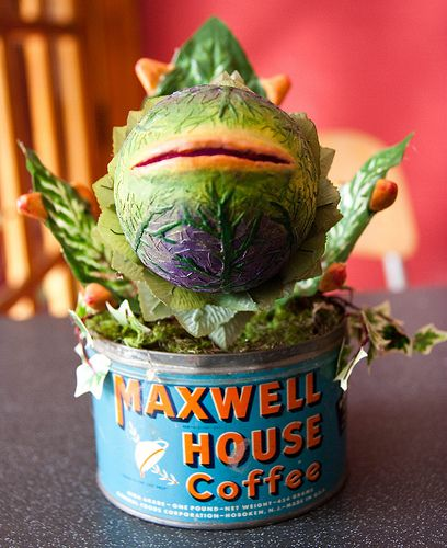 2754ddb11 I made an Audrey II from little shop of horrors