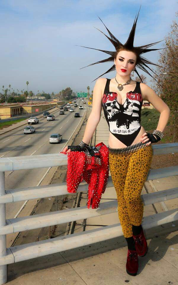 Erin Micklow Nude Photos 37