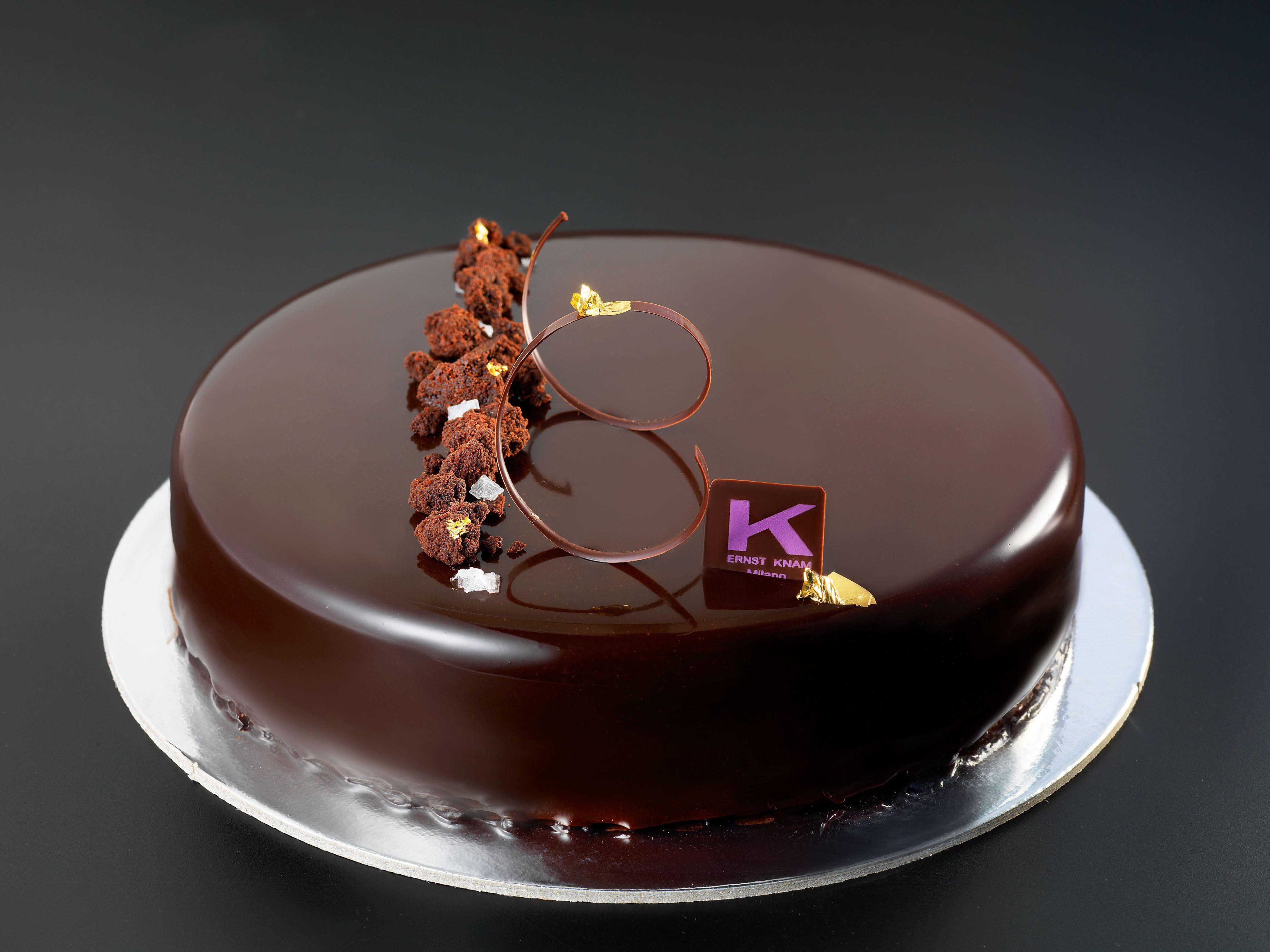 La tartufata crumble di cioccolato sao tom 70 con sale di maldon cremoso al cioccolato - Glassa a specchio knam ...