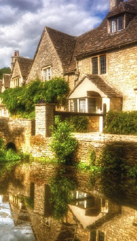 The Prettiest Fairytale English Village