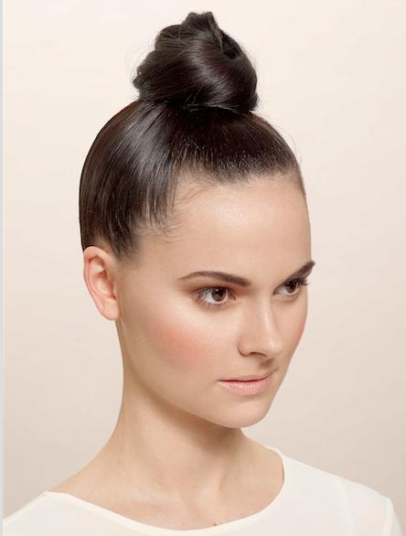 Attaches Cheveux Tchip Coiffure Bun Hairstyles Hair Styles Hairstyle
