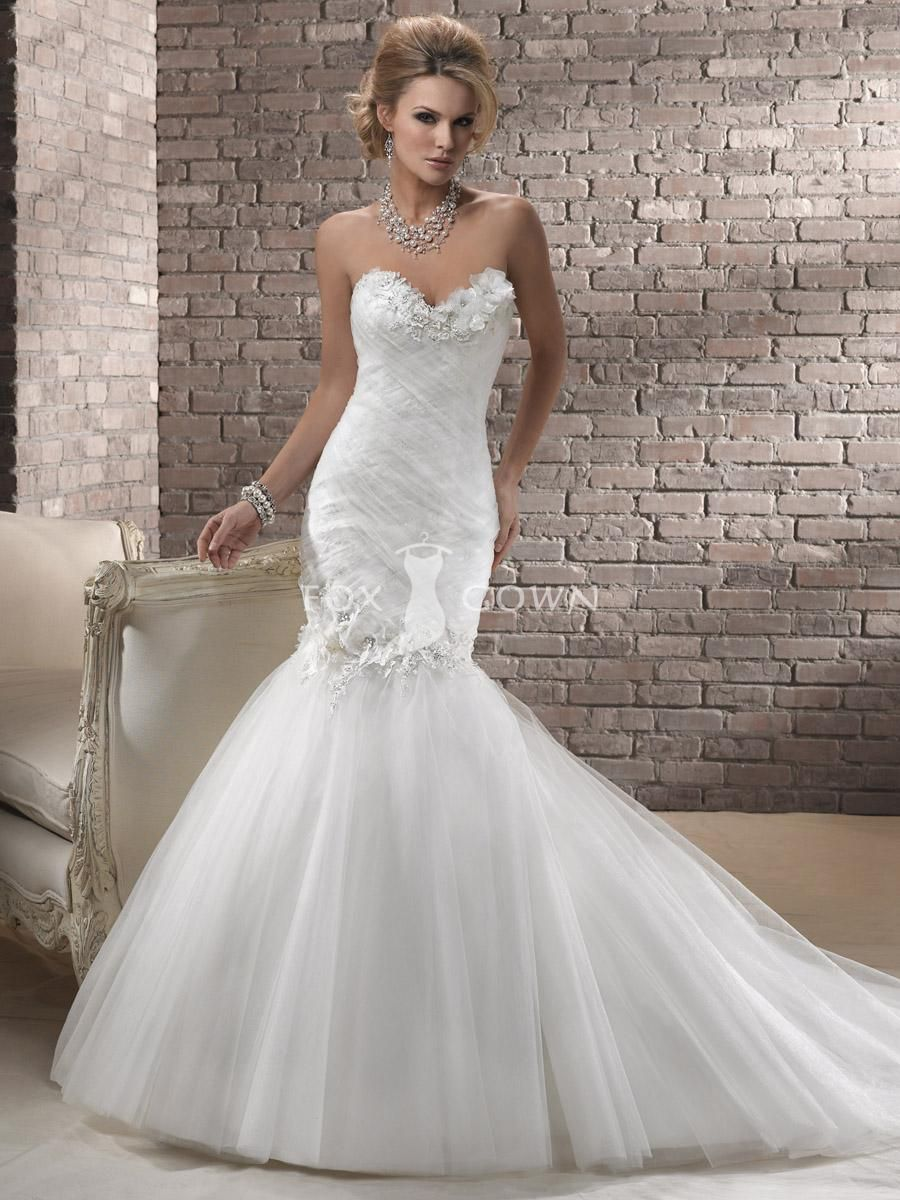 Ruched tulle bodice mermaid wedding gown with sweetheart for Sweetheart neckline ruched bodice wedding dress