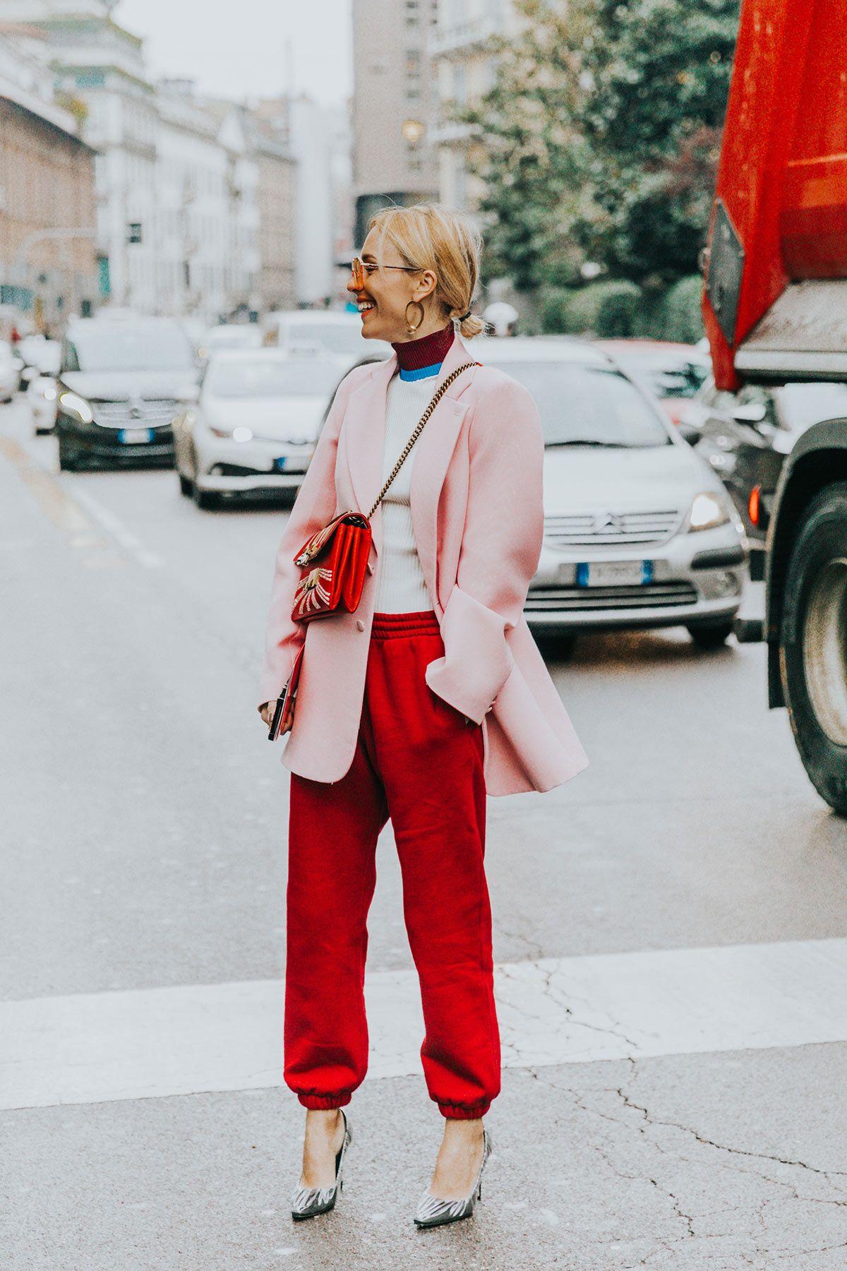 Resultado de imagen de rojo y rosa street style