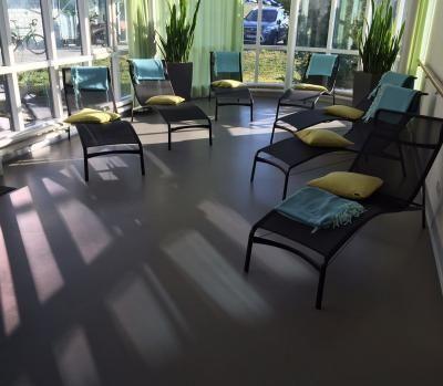 Ferrer floors AG - Parkett Bodenbeläge Linoleum PVC Kautschuk