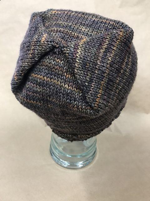 Box Pleated Hat pattern by Leanne Leno | malabrigo Rios in Ilusion ...