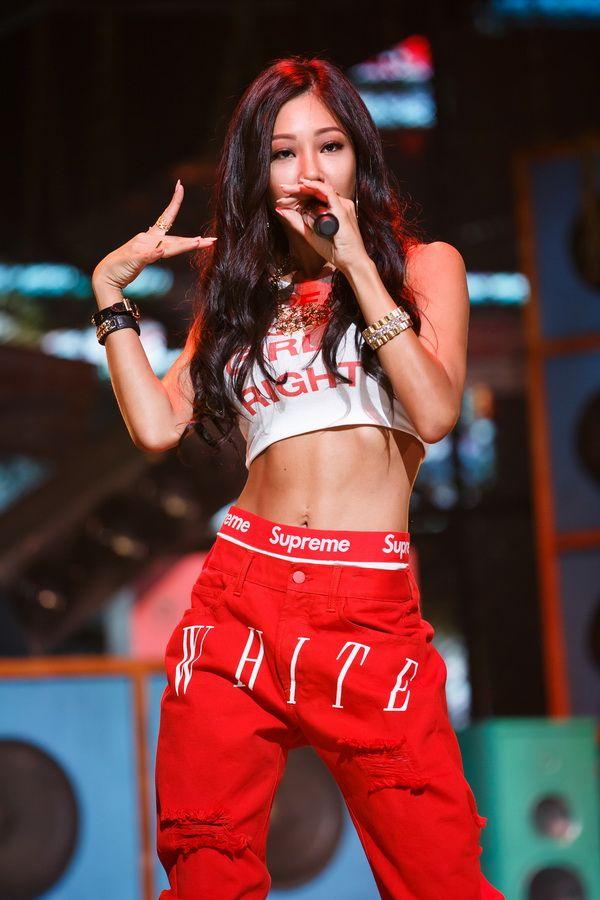 Pin By Angel On Kpop Khh Etc Kpop Rappers Kpop Outfits Kpop Girls