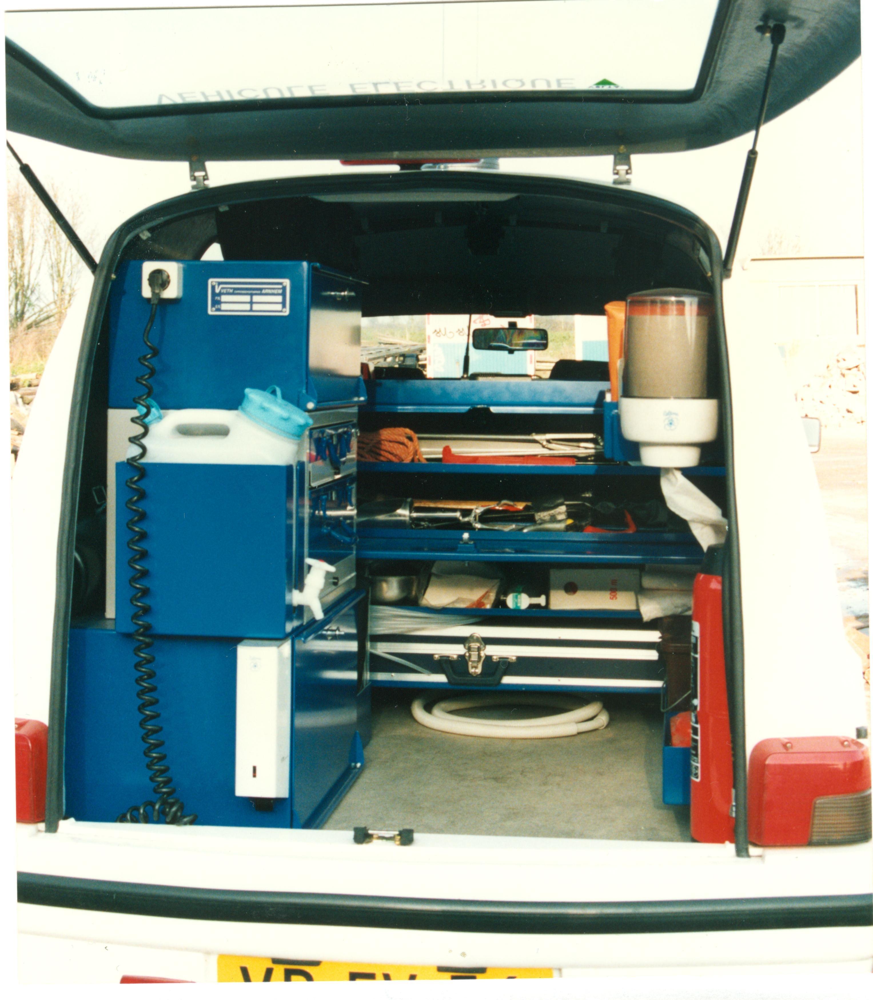 SEER Volta Van. Bedrijfswagen voor milieu. Operationeel politie Utrecht. 1994-2000.