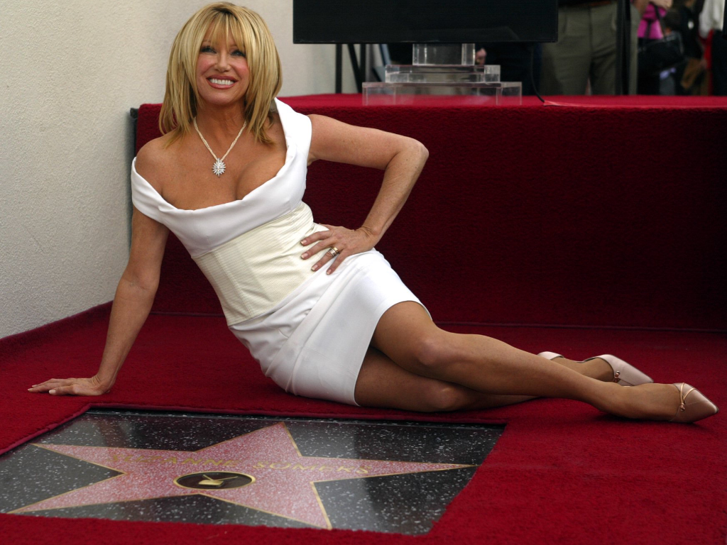 Suzanne Somers Sexy Forever Pantyhose