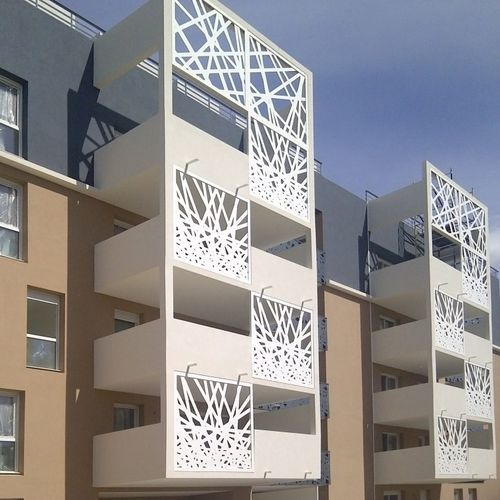 brise soleil en m tal pour fa ade perfor bouygues montpellier france resille d co. Black Bedroom Furniture Sets. Home Design Ideas