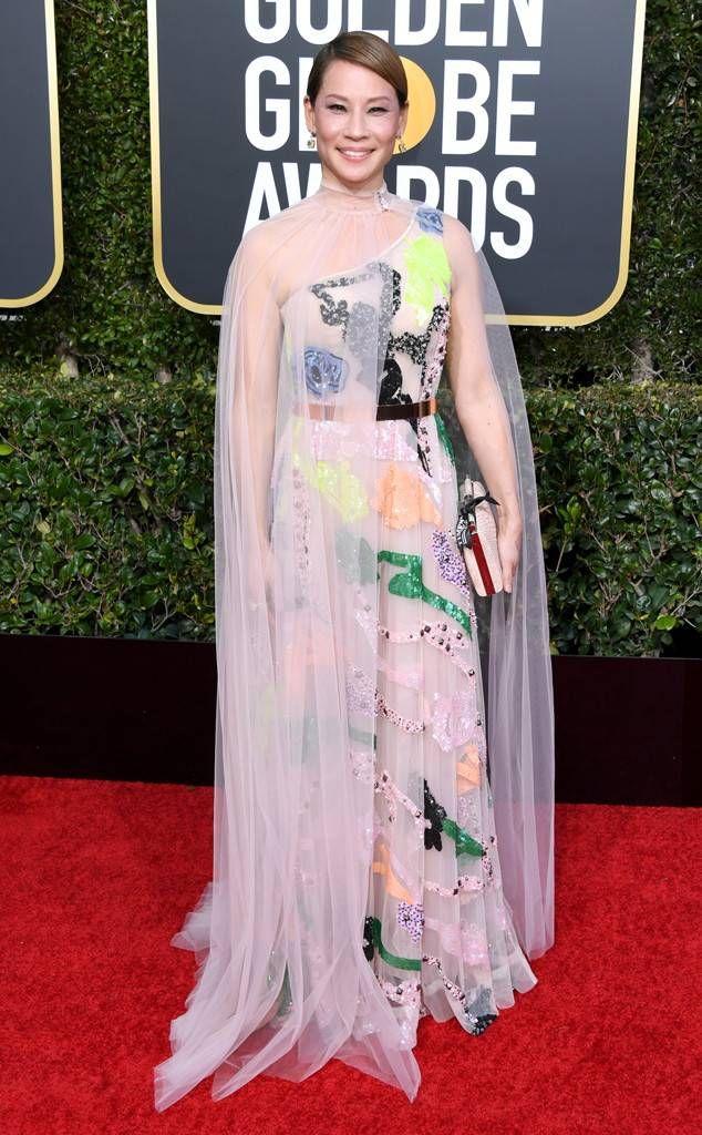 79ff8f7953e Lucy Liu from 2019 Golden Globes Red Carpet Fashion em 2019 ...