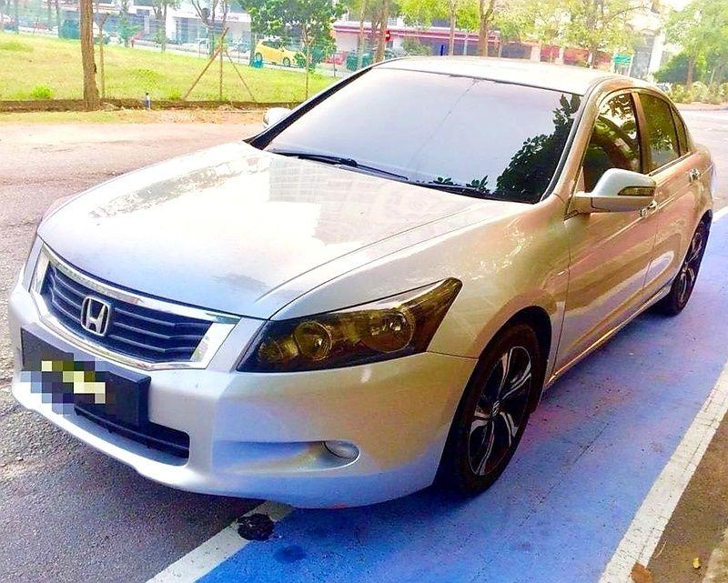 Kajang Selangor FOR SALE HONDA ACCORD 2 4L AT I VTEC