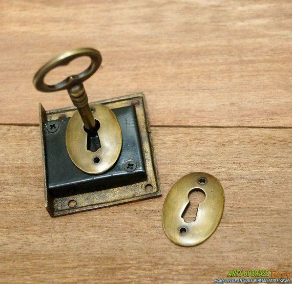 Set Antique Key Lock And Skeleton Keys With Retro Round Vintage Solid Brass Key Hole Plate Antique Keys Key Lock Vintage Keys