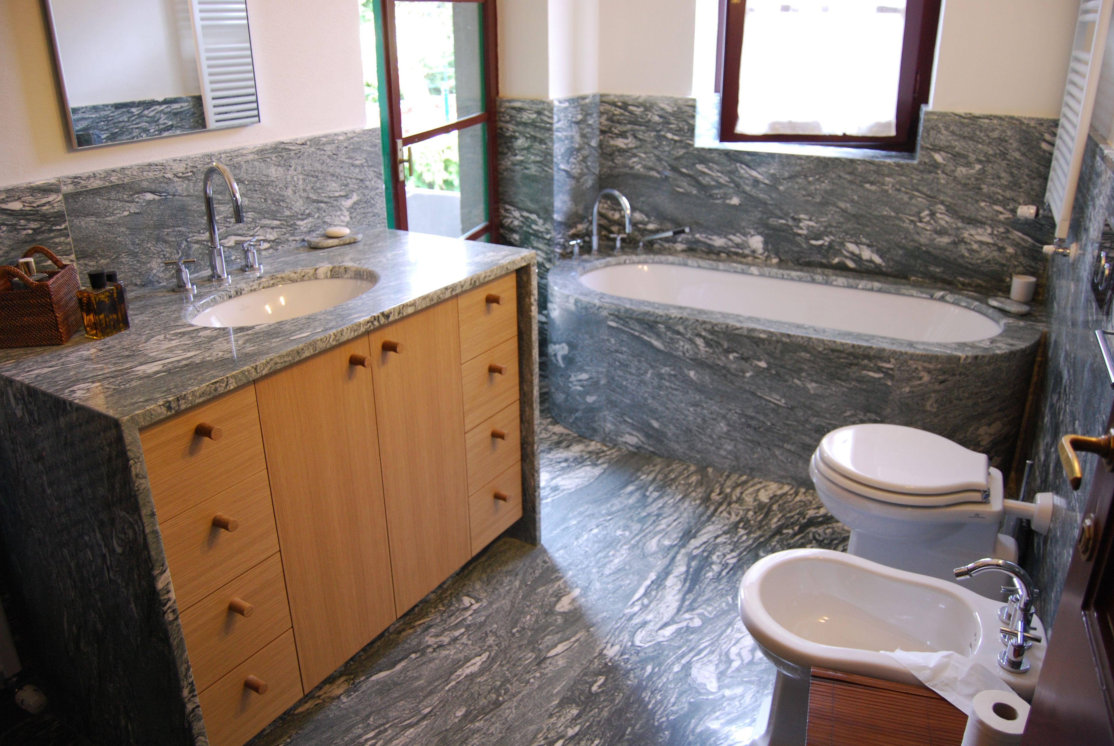 Vasca Da Bagno Tipologie : Vasca da bagno in marmo verde cipollino bagni in marmo