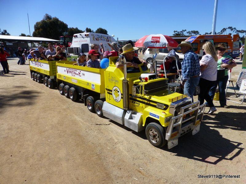 road train Beverley, Western Australia Busses Cool