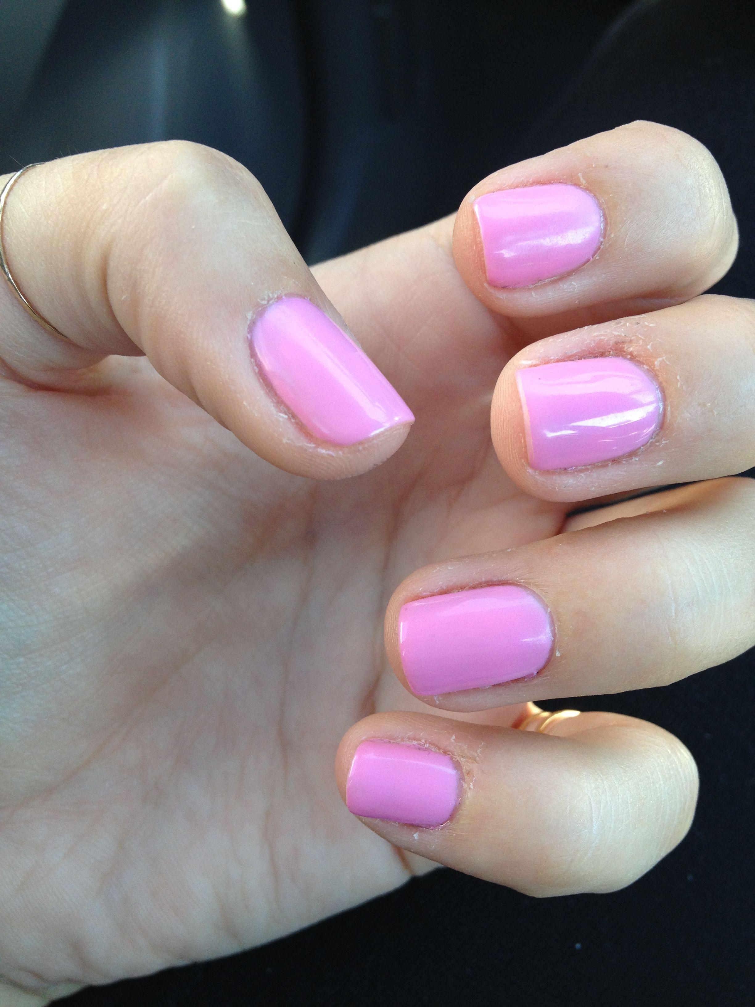 Shellac Nails Light Pink
