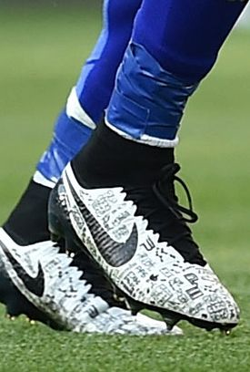 5887b2254419 Paul Pogba (Juventus) Nike Magista Obra - love love love these boots Pogba  wears