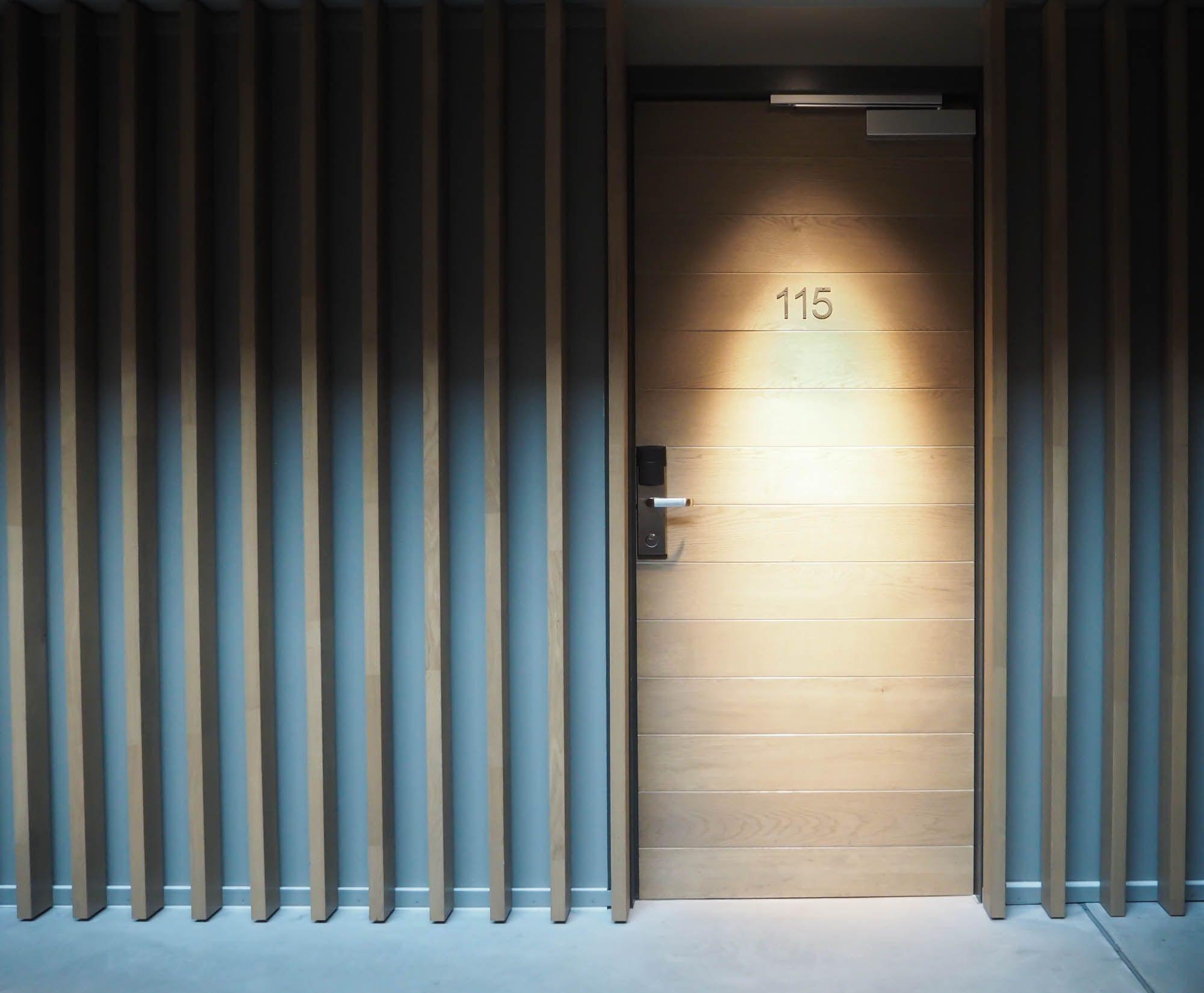design hotel amsterdam - hotel de hallen | doors