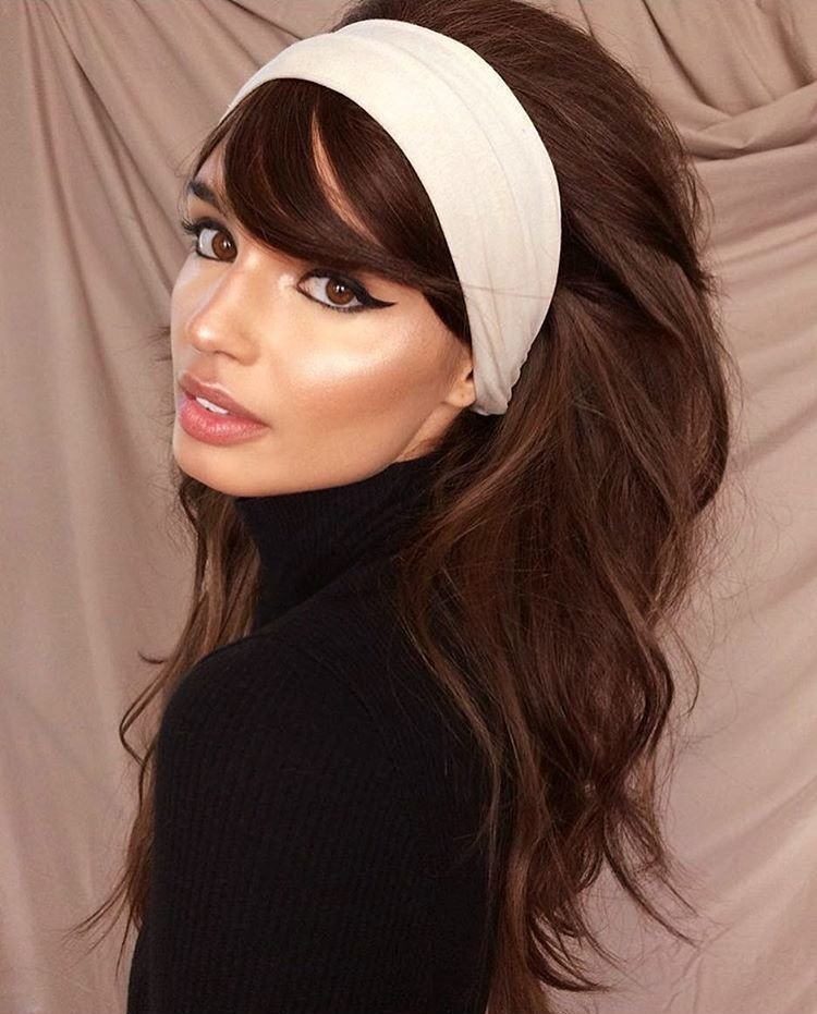 Love This 80s Hairstyle 70s Hair 70s Hair And Makeup Disco Hair