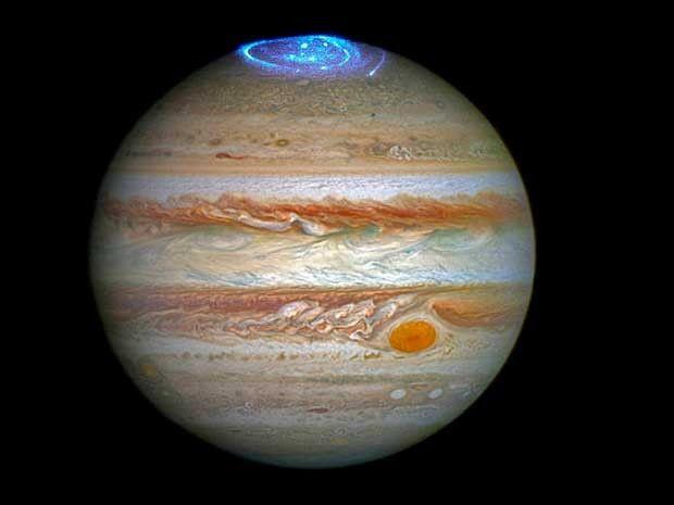 AVANCES: TELESCOPIO HUBBLE CAPTA AURORAS BOREALES EN JÚPITER...