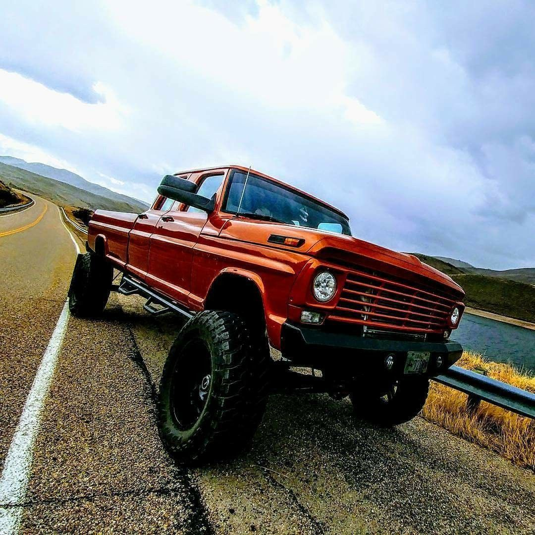 This Is When Ford Built Their Rigs Out Of Steel And Grunt Trucks 1970 Truck 4x4 Lifted