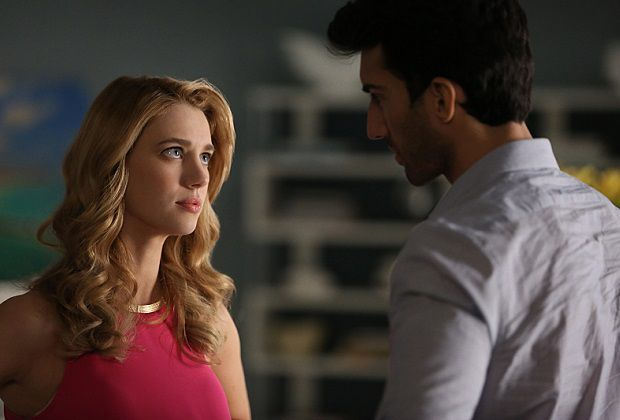 Jane The Virgin Boss On Petra S Angrier Labor Jane And Michael S Challenge Jane The Virgin Jane And Michael Virgin