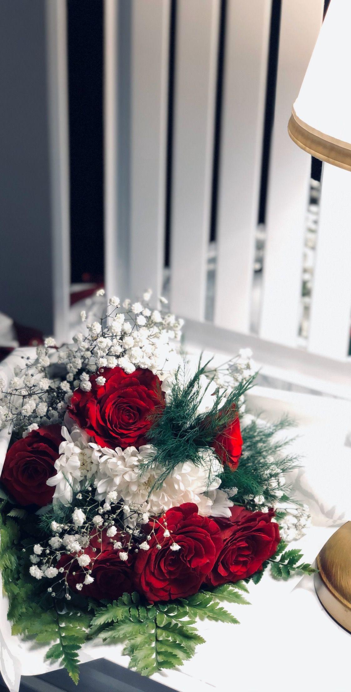 Pin By Samyaa Alshehri On My Photo Holiday Decor Christmas Wreaths Holiday