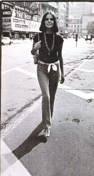 """""""Ali MacGraw.  Union Square.  Early 1970's.  (NY Magazine)""""  From """"Old Images of New York"""" Facebook page."""
