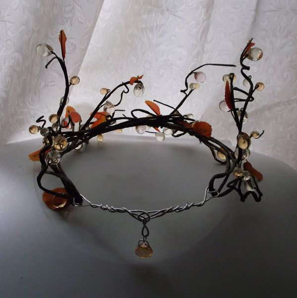 just need to change the design a bit...DIY Wood Elf Circlet by silamir on deviantART