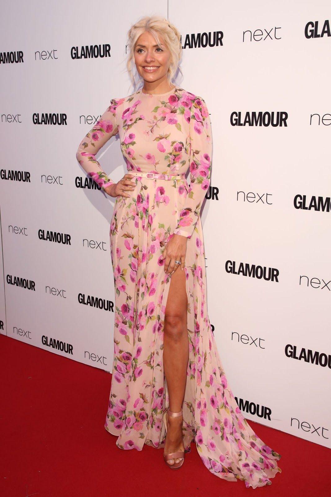 Celebrity newslatest fashion trendshot newscelebrity hairstyle