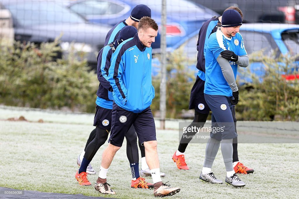 Jamie Vardy heads out to training during the Leicester