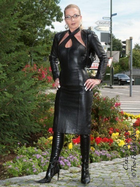 details zu lederkleid leder kleid schwarz neckholder knielang ma anfertigung queens leather. Black Bedroom Furniture Sets. Home Design Ideas