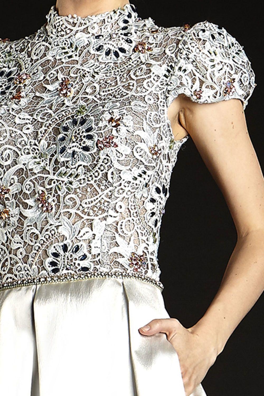 Fotos de blusas e vestidos de renda