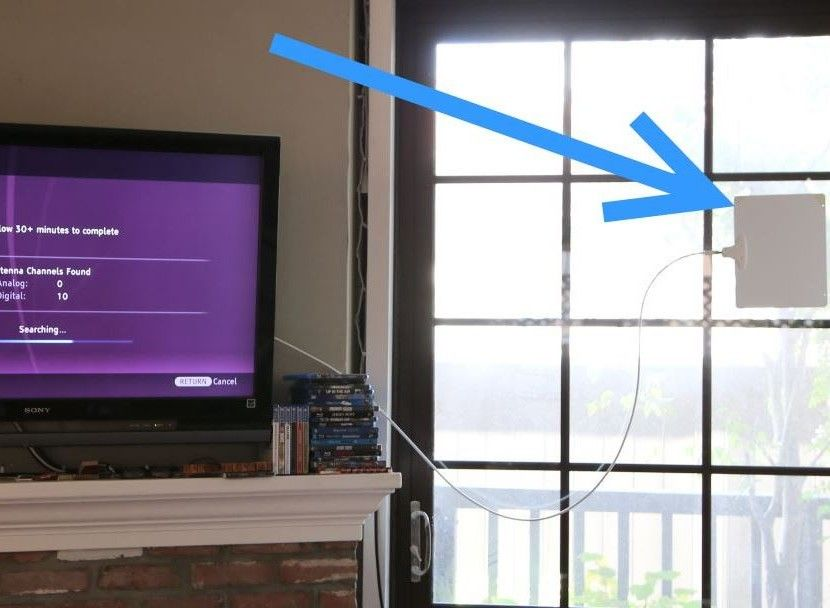 How To Get More Channels With Your Indoor Antenna Tv Reception Diy Tv Antenna Best Outdoor Tv Antenna
