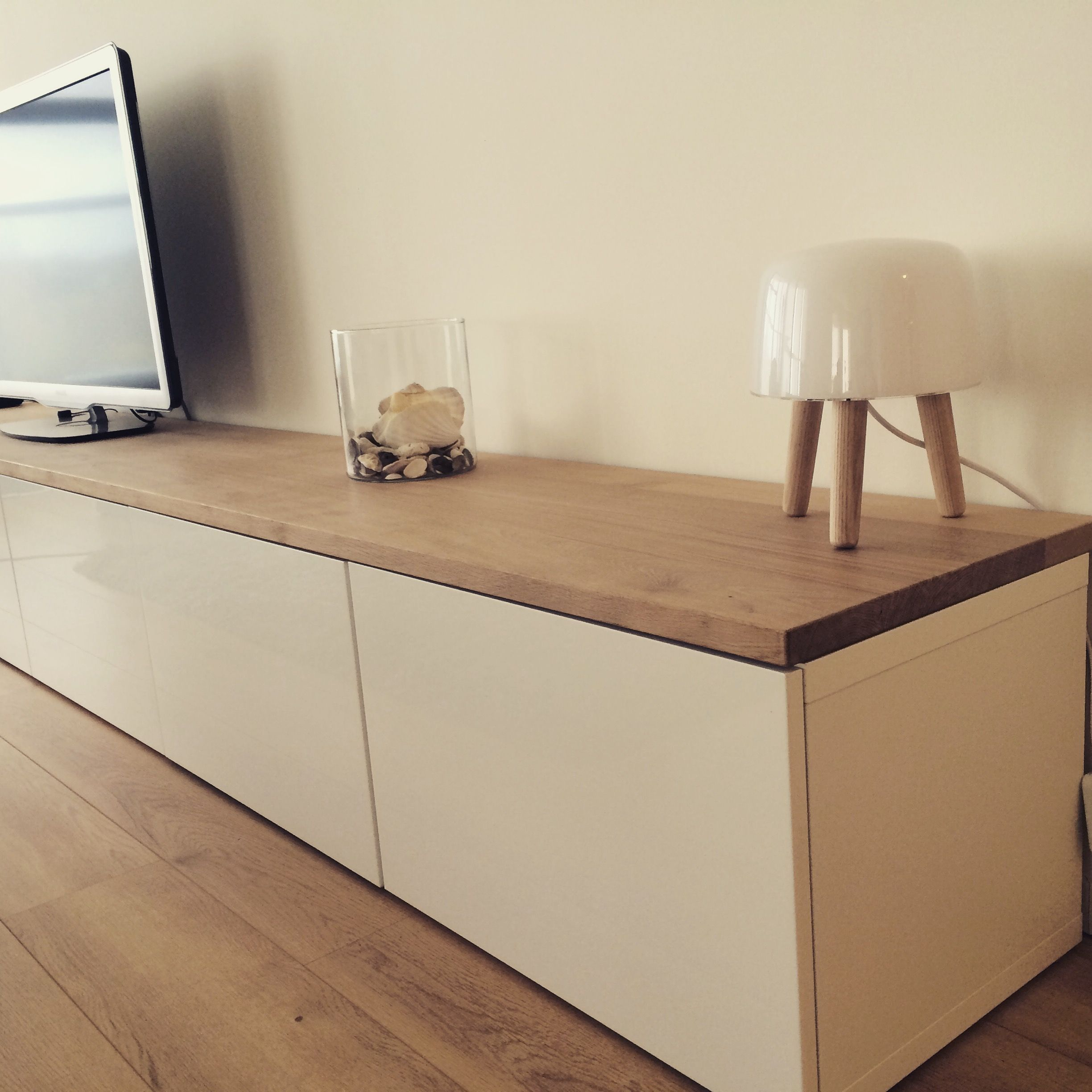 Ikea Hack Meuble Tv Ikea Hacks Besta With Oak Plank Zukünftige Projekte