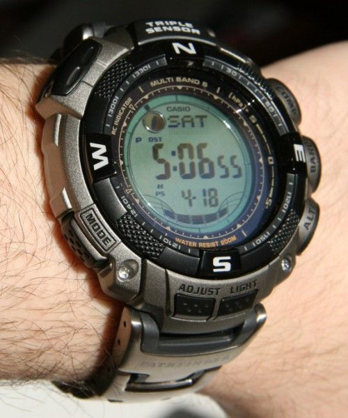 332ae8870658 casio-pathfinder-paw-1500t-7v Tough Solar Power Digital Watch ...
