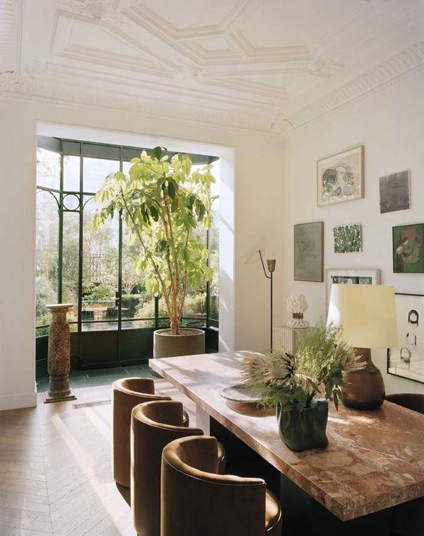 Un élégant appartement parisien en rez-de-jardin