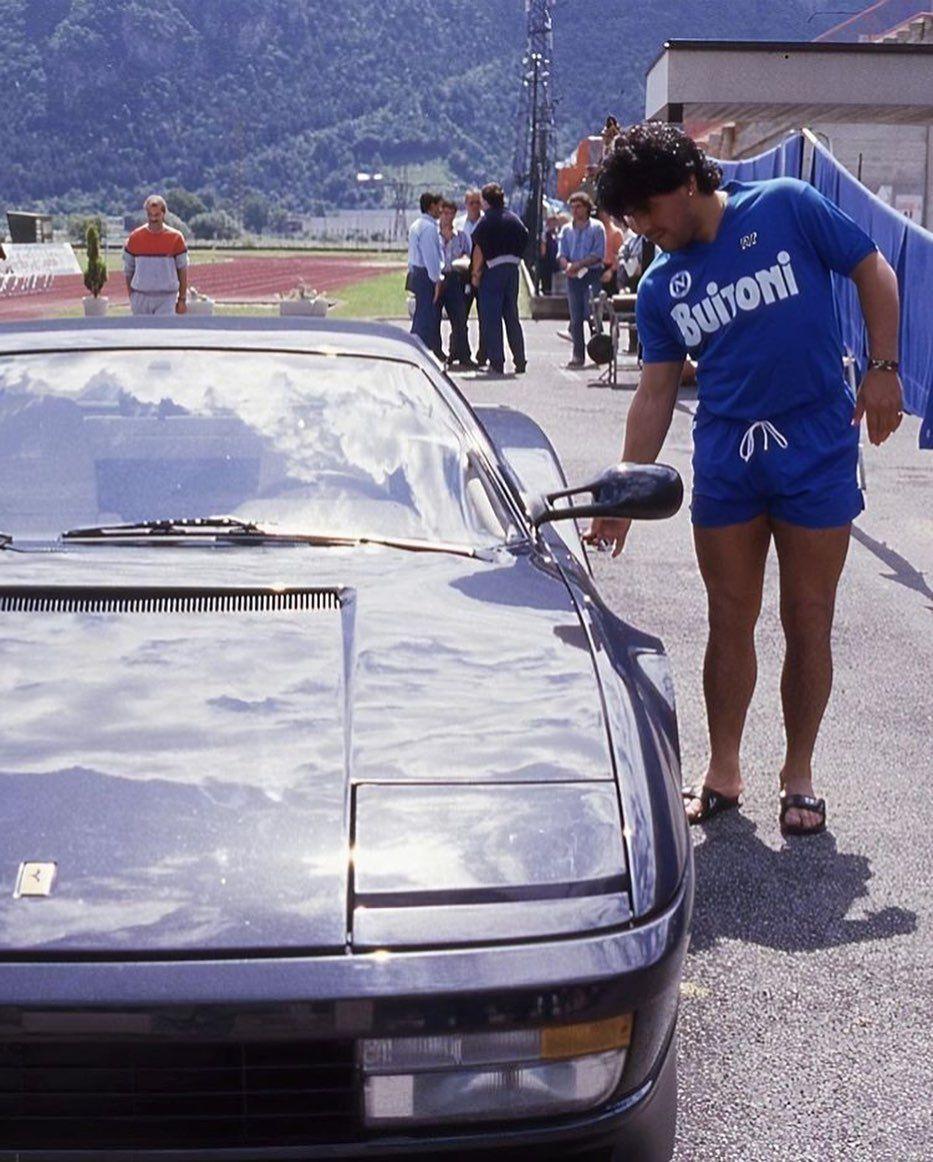 Lifestyle Después De Cumplir Ferrari Testarossa Ferrari Testarossa Diego Maradona Ferrari
