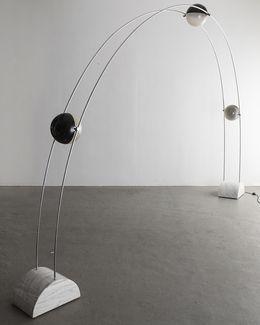 Studio A.R.D.I.T.I. Ponte floor lamp with fixtures. 1971.