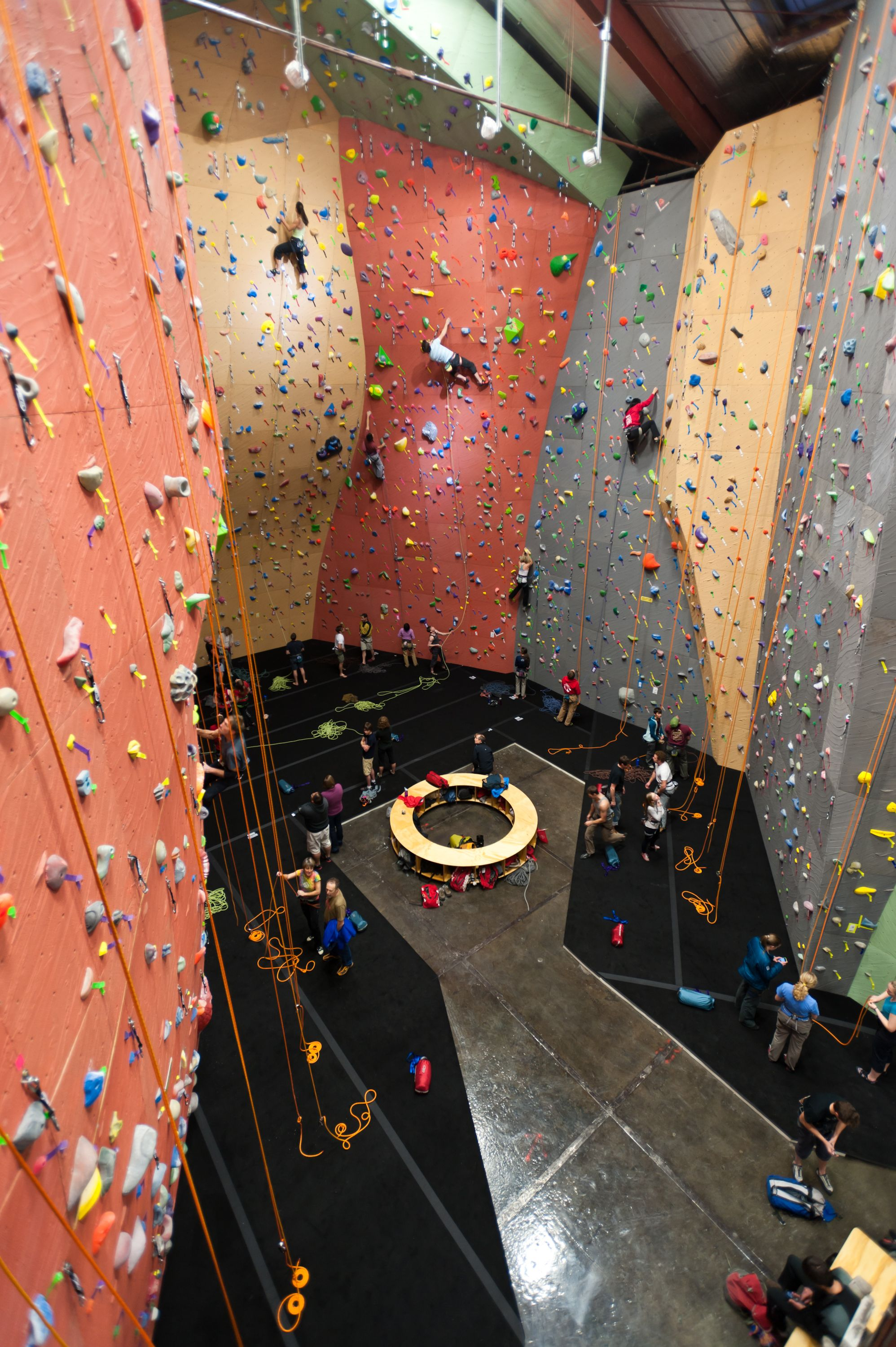 Seattle Gym by Elevate Climbing Walls