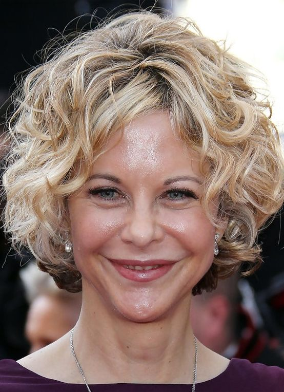 Top Hairstyles For Women Over 40 In 2017 2018 Short Wavy Hairstyles For Women Short Curly Hairstyles For Women Short Wavy Hair