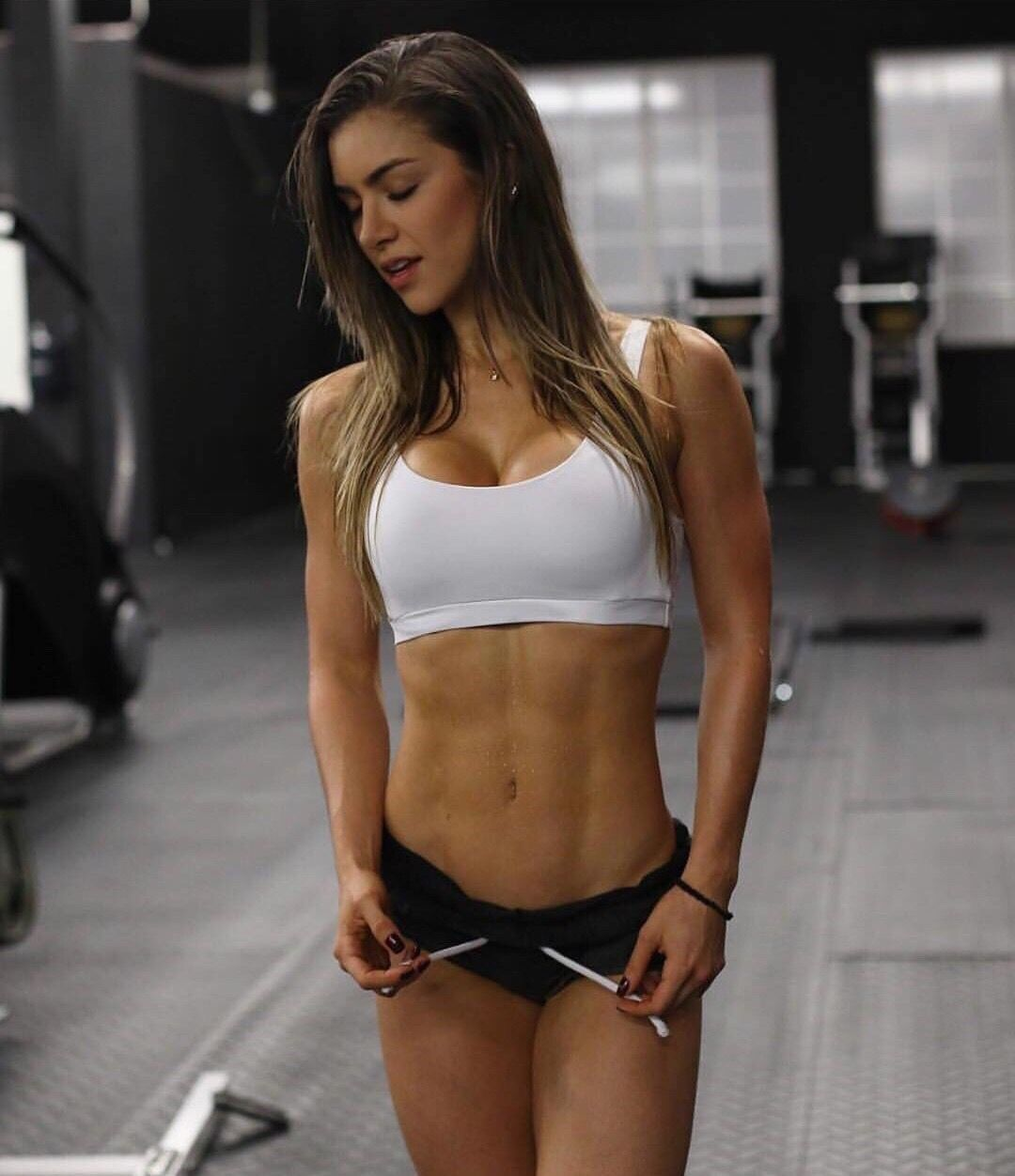 Athletic babes — pic 12