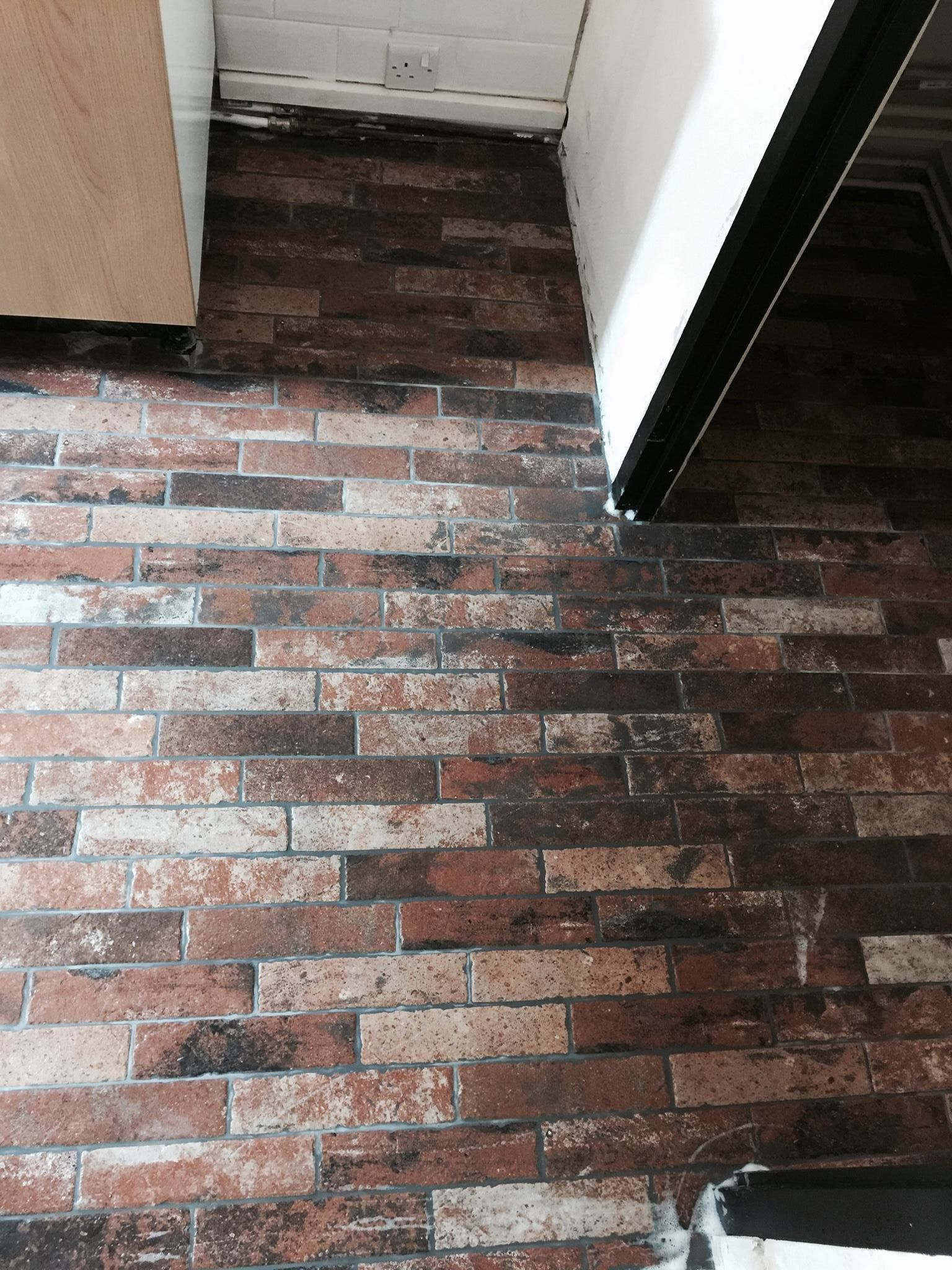 Hartley brick effect tile topps tiles customer photos hartley brick effect tile dailygadgetfo Images
