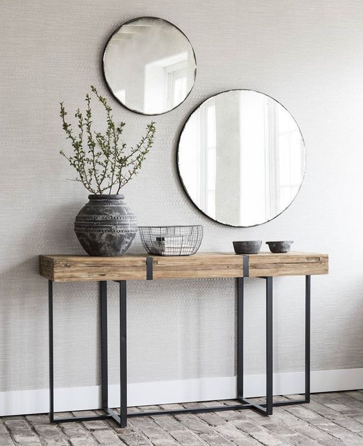 Photo of console table and accessories