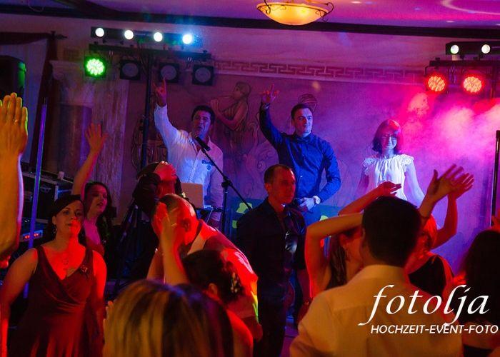 Musikgruppe Express 3 Musikgruppe Und Tamada Aus Neuotting In Bayern Russische Musik Musik Russische Hochzeit