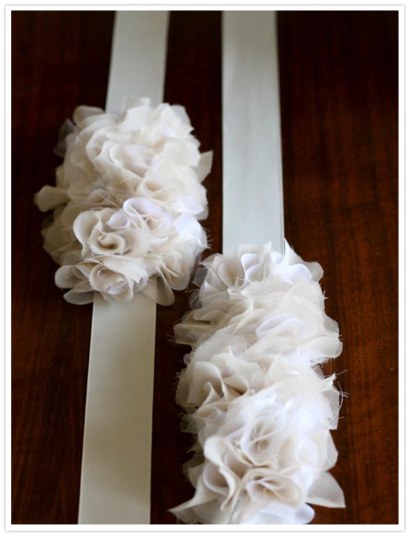 DIY ruffle belt w wedding dress.