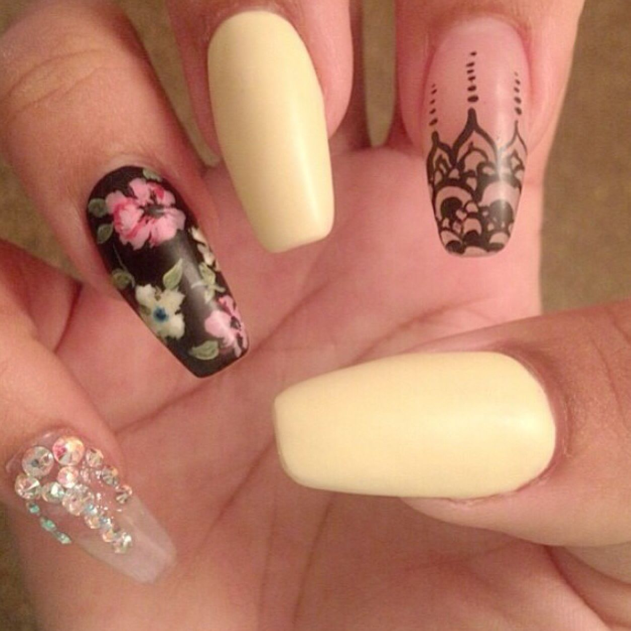 Yellow and floral diamond nails | Yellow and floral diamond nails ...